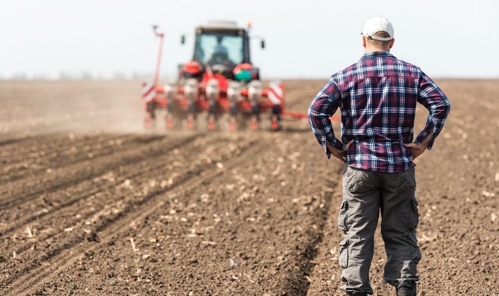 agriculteur terrain agricole